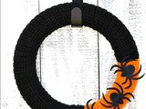 Along Came a Spider Yarn Wreath – Free Crochet Pattern