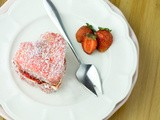 Strawberries & Cream Lamingtons