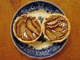 Pear and gianduja tarts