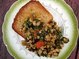 Spinach and white beans on toast & Oatmeal, black pepper and nutmeg bread
