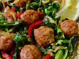 Spiced Bulgur balls with greens, peppers, onions – Bulgurlu Kofte