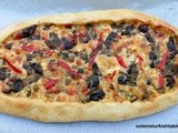 Turkish Flat Breads with Spinach, Feta and Peppers; Peynirli Pide