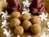 Pasi Paruppu Laddu-Nei Urundai-Moong Dal (Payatham Paruppu) Ladoo-Healthy Diwali Snacks Recipes