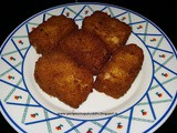 Fried mac and cheese squares