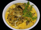 Shir vadya / alu vadi or colocassia rolls in coconut milk gravy