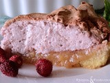 Torta  meringata alla frangipane e alle fragoline di bosco - Meringue pie with frangipane cream and wild strawberry