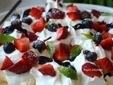 Meringues Chantilly with Strawberries