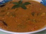 Ladies Finger Curry / Vendakkai Puli Kuzhambu/Okra Curry