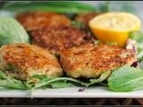 Meatless Monday: Cheesy Quinoa Cakes with Spicy Lemon Aioli