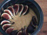 Figs and almond cake recipe | Fig upside down cake