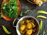 Hare Chutney wale Aloo or Potatoes cooked with green chutney