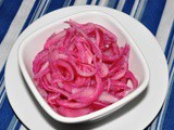 Red Onion Pickled in Lime Juice