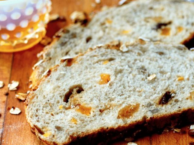 harvest-bread-dried-fruit-nuts-whole-grains.640x480.jpg