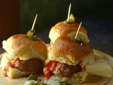 Hawaiian Meatball Sliders: Easy Tailgating Recipe