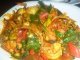 Spicy red curry squid