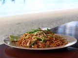Pad thai vegetariano | Vegetable stir fried noodles recipe