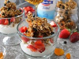 Blueberry Apricot Granola