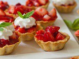 Mini Strawberry Tarts: Simple To Serve – Easy To Eat