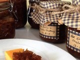 Speedy Spicy Caramelised Red Onion and Chilli Chutney