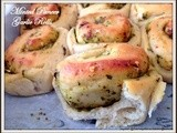 Paneer and Mint Flavoured Garlic Rolls - Eggless