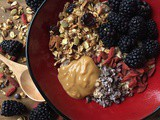 Blackberry, Goji Berry and Nut Butter Overnight Oats