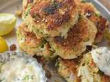 Crab Cake Recipe (Easy Crab Cakes)