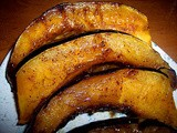 Brown sugar and cinnamon baked acorn squash