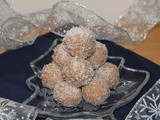 Honey-cinnamon coconut snowballs