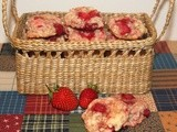 Strawberry shortcake biscuit cookies