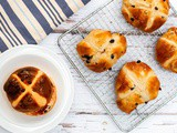 Traditional Hot Cross Buns Recipe