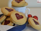 Valentine Heart Cookies / Strawberry Jam Filled Valentine's Day Cookies