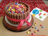 Checkerboard Kit Kat Cake / Kit Kat Barrel Cake
