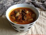 Mushroom and Potato Curry / Koon Urulakizhangu Curry
