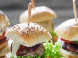 Dude Food Tuesday: Sliders threeways (mini hamburgers in delicious flavours)