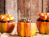 Stuffed bell peppers with eastern twist