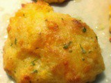 Simply Sweet Goes Savoury: Cheesy Garlic Biscuits