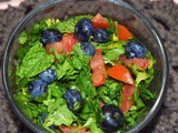 Green Salad with Blueberries and Toasted Walnuts