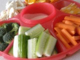 How to Create a Vegetable Tray