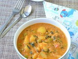 Aloo Methi Mutter Curry / Potato Peas Methi Curry