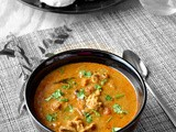 Chicken Kuzhambu / Easy Chicken Kuzhambu Using Pressure Cooker / South Indian Style Chicken Curry
