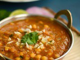 Chole Masala Recipe | Easy Chole Recipe | Channa Masala For Batura