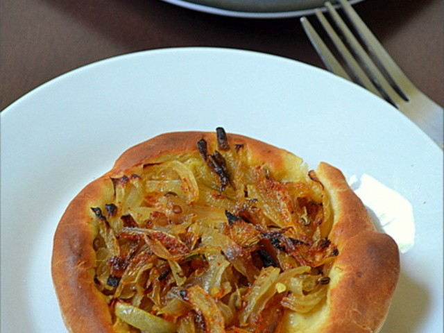 onion-tart-with-mustard-n-fennel-117.640x480.jpg