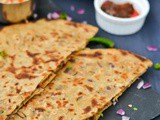 Punjabi Onion Paratha Recipe | Pyaaz Ka Paratha | Onion Parante Recipe
