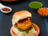 Vada Pav Recipe | Vada Pav With Spicy Dry Garlic Chutney Recipe | Vada Pav(Mumbai Street Food Recipe)