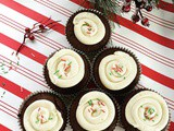 Keto Peppermint Frosting with Keto Chocolate Cupcakes