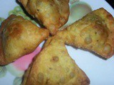 Tasty Chicken Keema Samosa Recipe in Marathi
