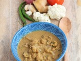 Cauliflower Mappas Recipe / Cauliflower in Creamy Coconut Sauce