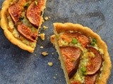 Fig tarts with pista crumble