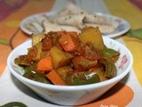 Green Bell Pepper Carrot Potato Stir Fry / Stir Fry capsicum with carrots and potato