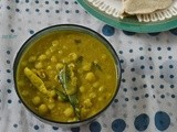 Green Peas Coconut Milk Curry